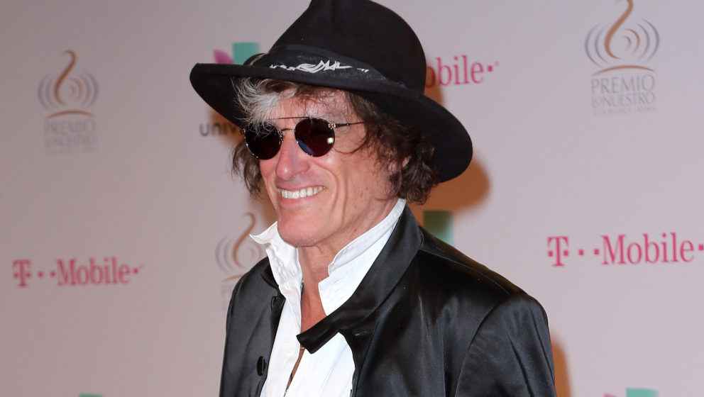 MIAMI, FL - FEBRUARY 18:  Musician Joe Perry attends Univision's 28th Edition of Premio Lo Nuestro A La Musica Latina on Febr