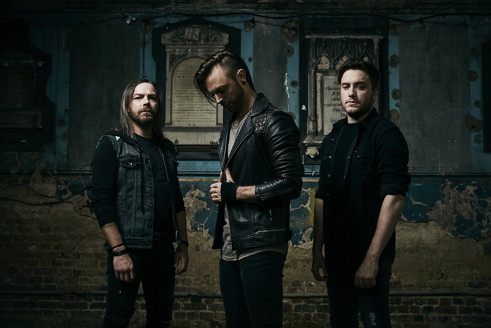 Bullet For My Valentine Seht Das Video Zu Dont Need You