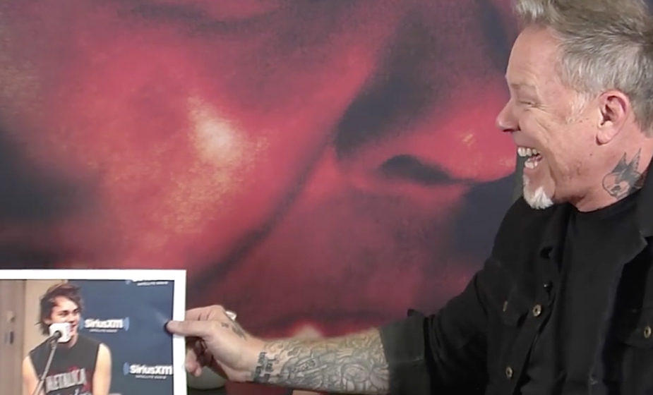 Stars in Metallica-Shirts: Da kann James Hetfield nur lachen.