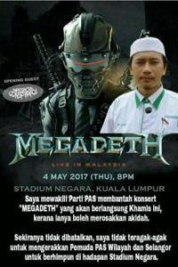 Das Bild zeigt den Vorsitzenden des Jugendflügels der PAS, Muhammad Khalil Abdul Hadi, auf einem Megadeth-Poster. Darunter steht ein Text, der zum offenen Protest des Konzertes der US-Thrasher aufruft.