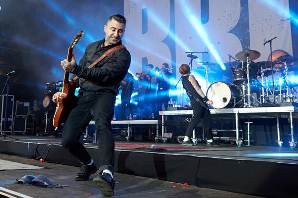 Sammy Amara tritt am 03.06.2017 in Nürburg (Rheinland-Pfalz) auf der Hauptbühne des Musikfestivals Rock am Ring mit der deu