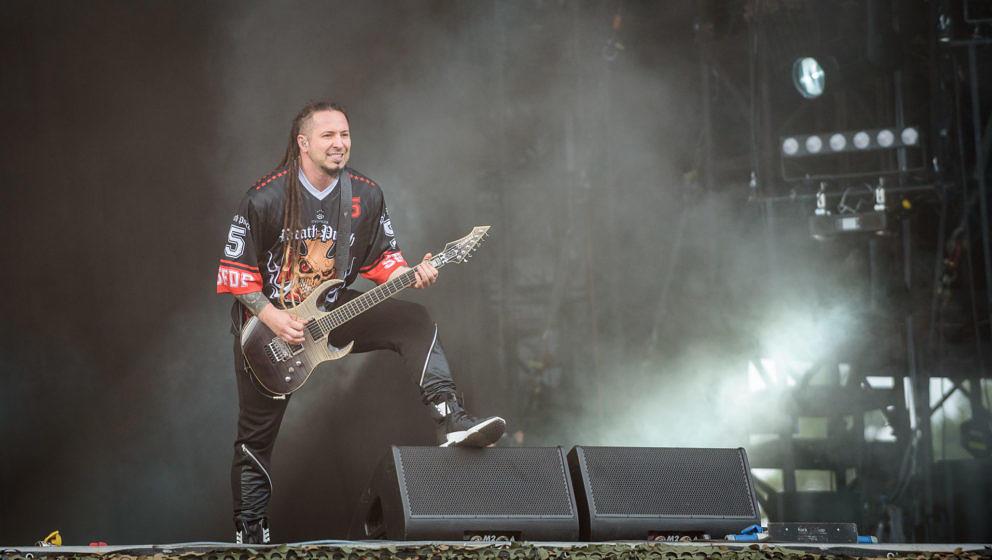 Five FInger Death Punch - Matapaloz - Adrian Sailer