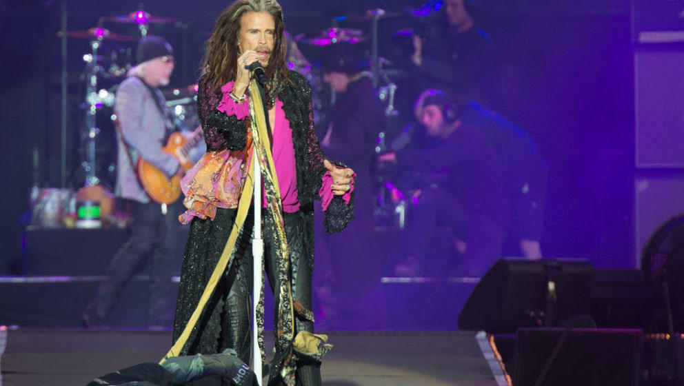 CASTLE DONINGTON, ENGLAND - JUNE 11:  Steven Tyler of Aerosmith peforms during the last ever Aerosmith show in the UK headlin