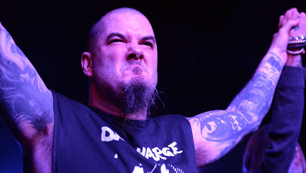 HOLLYWOOD, CA - JANUARY 22:  Musician Phil Anselmo of Pantera and Down performs onstage at Lucky Strike Live on January 22, 2