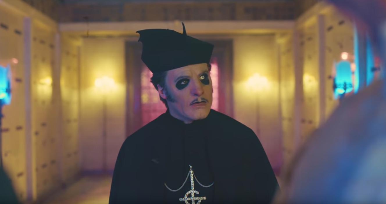 A nun with cardinal - 3 7