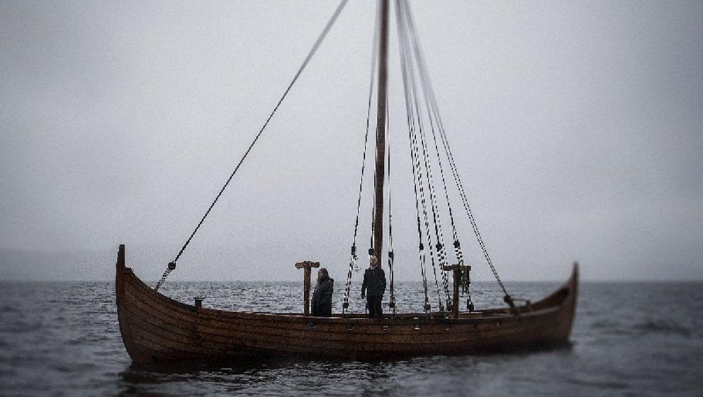 Ivar Bjørnson & Einar Selvik HUGSJÁ