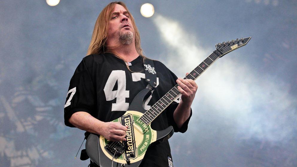 KNEBWORTH, UNITED KINGDOM - AUGUST 01: Jeff Hanneman of Slayer performs on stage on day 3 of Sonisphere Festival on August 1,