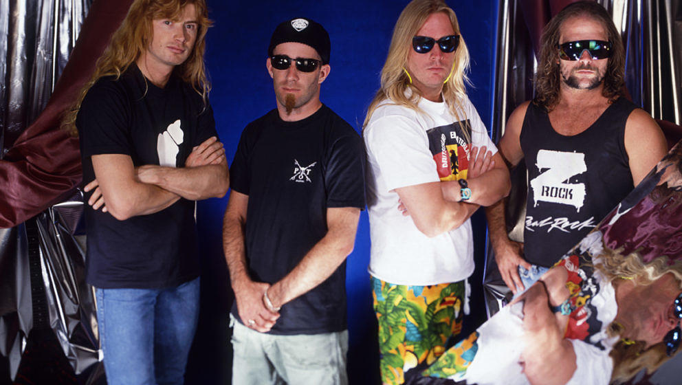 LOS ANGELES - APRIL 21, 1991:  Portrait session with guitarists Dave Mustaine of Megadeath, left, Scott Ian (Anthrax), Jeff H