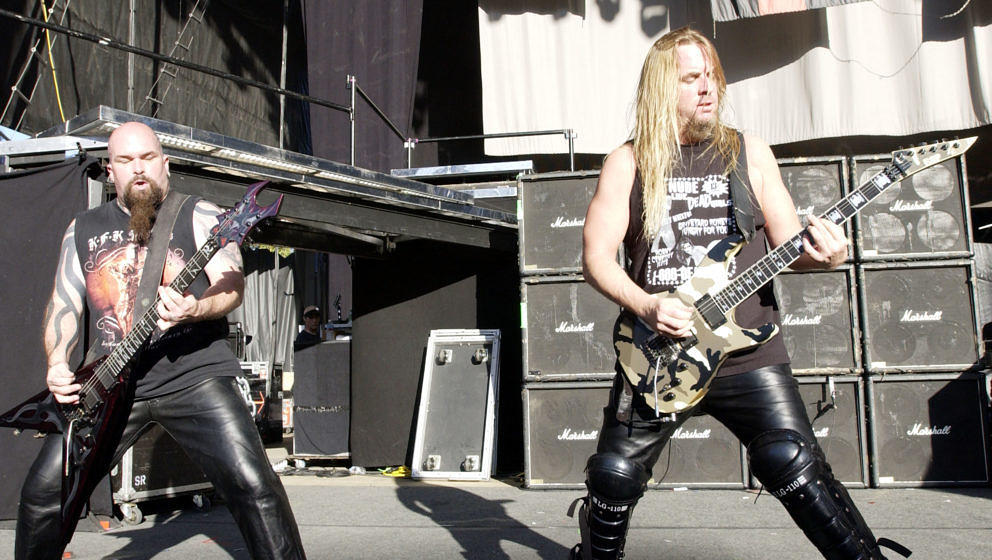 MOUNTAIN VIEW, CA - JULY 29:  Kerry King (Left) and Jeff Hanneman of Slayer performing as part of Ozzfest 2004 at Shoreline A
