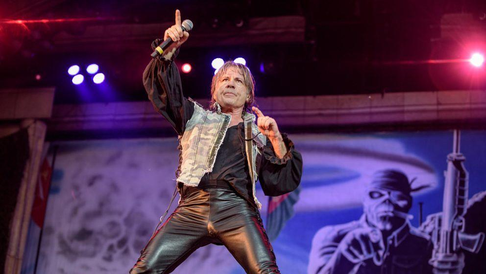 Bruce Dickinson von Iron Maiden - Legacy Of The Beast European Tour 2018 - Freiburg