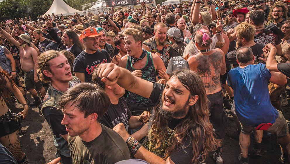 Wacken Open Air: ein Festival mit grundsätzlich pickepackevollem sowie erlesenem Line-up - die Fans feiern es ab!