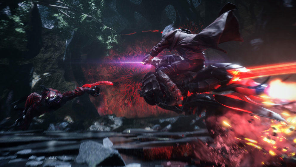 """""""Devil May Cry 5"""": Dante auf seinem Motorrad, welches er auch als Waffe einsetzen kann"""