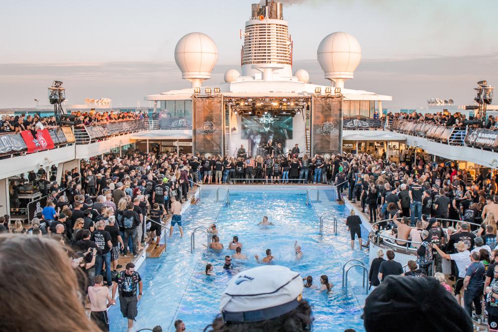 Full Metal Cruise VIII: Kurzfristig noch Kabinen verfügbar