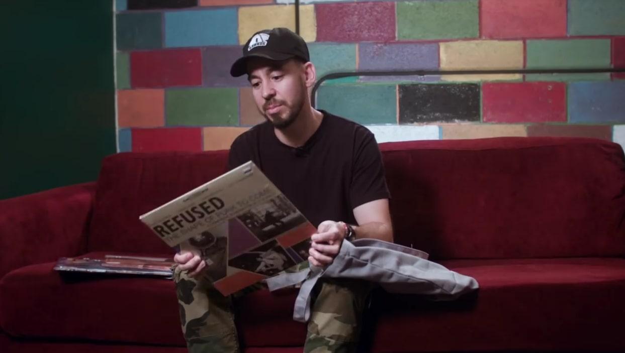 What's In My Bag: Mike Shinoda beim Plattenkauf