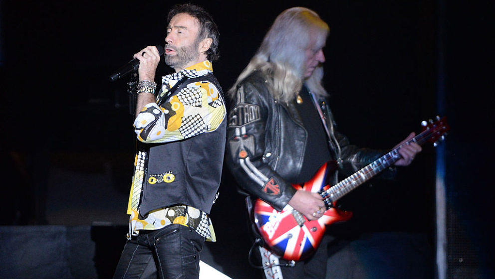 INGLEWOOD, CA - MAY 20:  (L-R) Singer Paul Rodgers and Howard Leese of the band Bad Company perform onstage during the 'One H