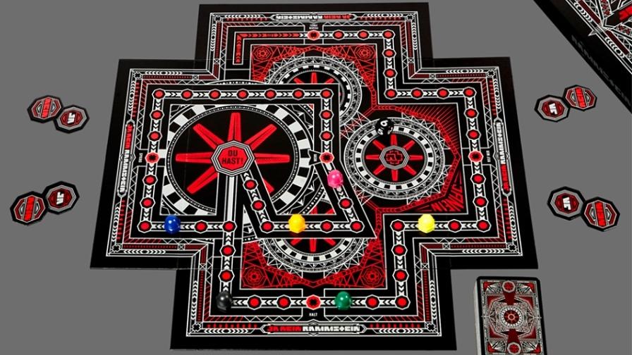 So sieht das neue Rammstein-Brettspiel aus (Foto: Screenshot beim Rammstein-Facebook-Account)