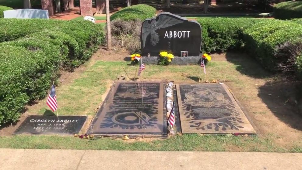 Die Gräber der Abbotts