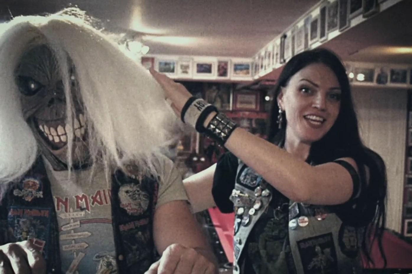 Iron Maiden-Fan nutzt Tournee der Band, um Brustkrebs-Spendenaktion zu...