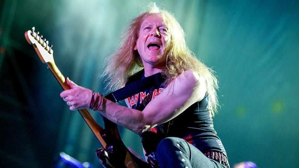 Iron Maiden-Gitarrist Janick Gers bei 'Rock in Idro' am 1. Juni 2014