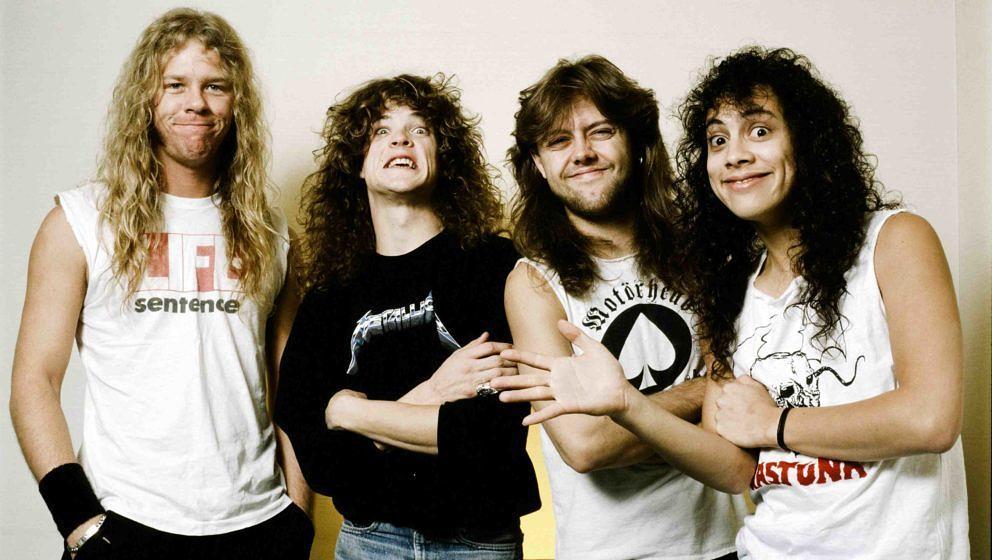 Metallica bei einer Foto-Session in einem Hotel in Tokio im November 1986