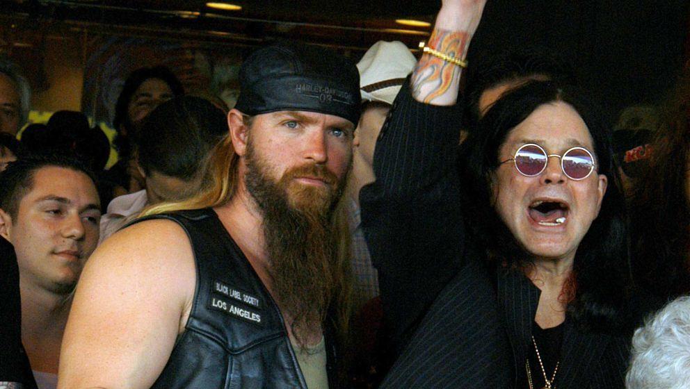 Zakk Wylde und Ozzy Osbourne während einer Ehrung für den verstorbenen Randy Rhoads