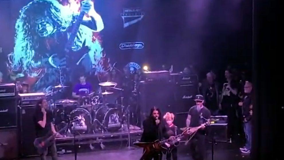 Dave Grohl (Foo Fighters), Scott Ian (Anthrax) und weitere Musiker beim Dimebash 2020