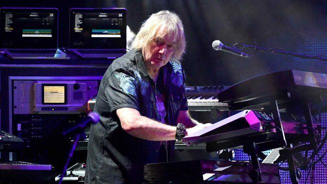 Yes-Keyboarder Geoff Downes beim Auftritt im Ford Theatre am 19. Juni 2018 in Hollywood