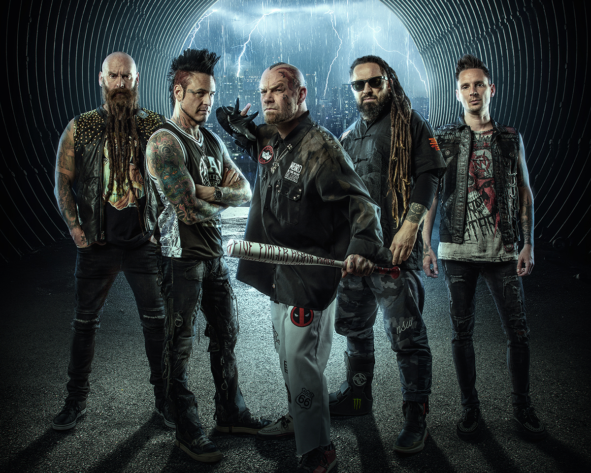 Five Finger Death Punch: Tosende Stille