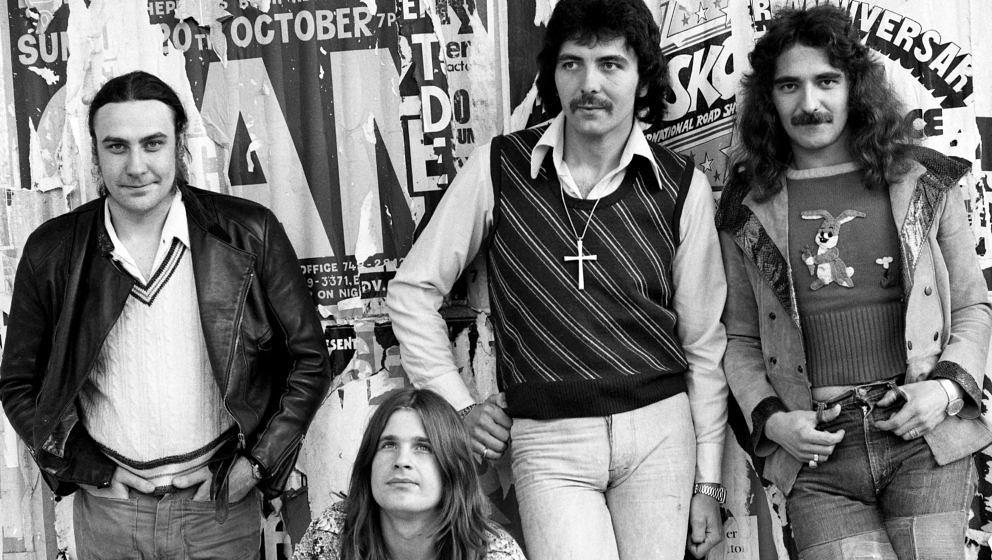 LONDON, UK - 1975:  British heavy metal band Black Sabbath L-R Bill Ward, Ozzy Osbourne, Tony Iommi, and Geezer Butler pose f