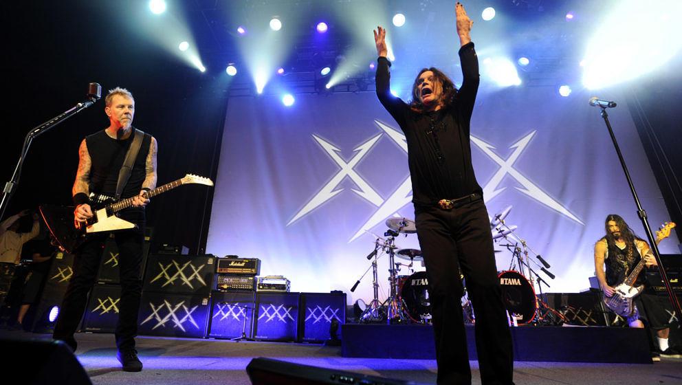 SAN FRANCISCO, CA - DECEMBER 10: (L - R) James Hetfield, Ozzy Osbourne, and Robert Trujillo of Metallica perform at Day Four