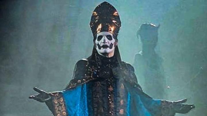 Der neue Ghost-Imperator: Papa Emeritus IV.