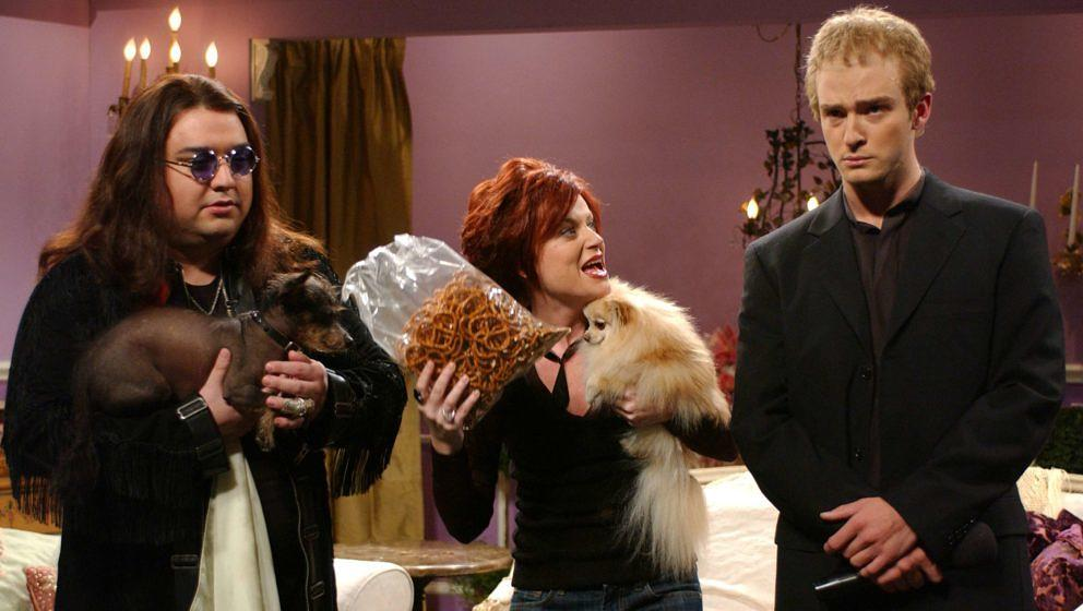 Michael Bolton hier in einem 'Saturday Night Live'-Sketch von 2003 dargestellt von Justin Timberlake (r.) mit Horatio Sanz (l.) als Black Sabbath-Sänger Ozzy Osbourne sowie Amy Poehler (M.) als Sharon Osbourne