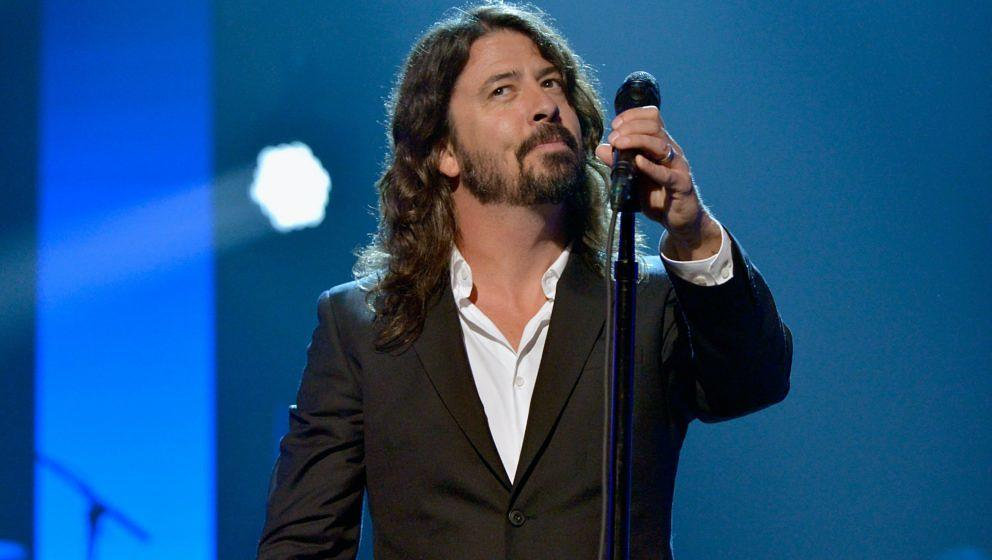 performs onstage during the 2016 MusiCares Person of the Year honoring Lionel Richie at the Los Angeles Convention Center on