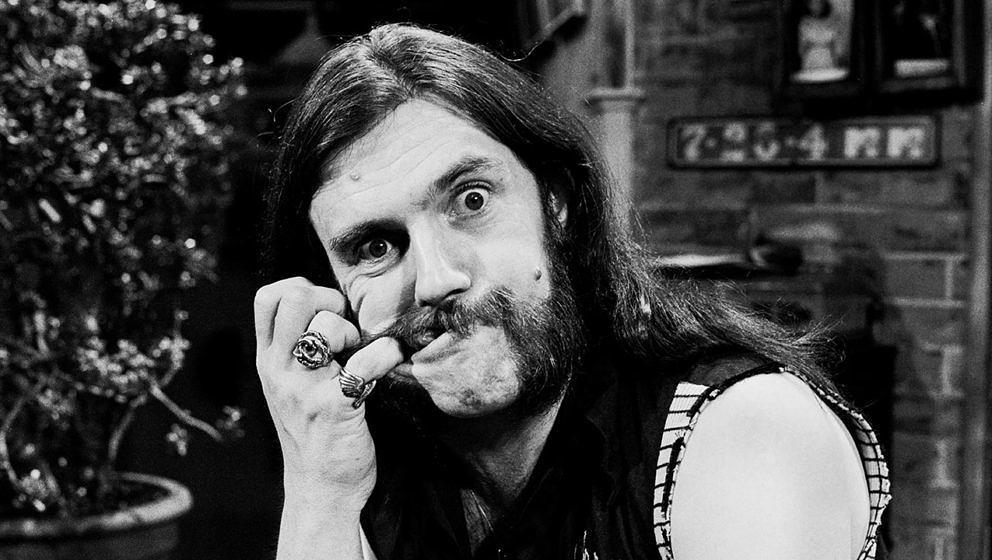 Lemmy arbeitete vor seiner Karriere mit Motörhead als Roadie für Jimi Hendrix.