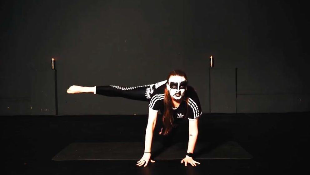 Black Metal-Yoga