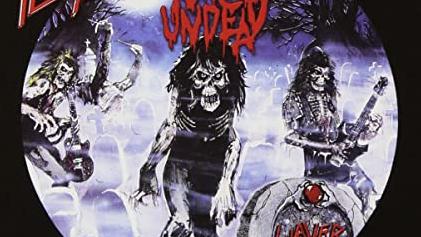 Auf dem Cover des Live-Albums LIVE UNDEAD geben Slayer die Untoten