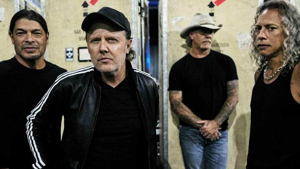 Metallica hinter der Bühne bei ihren S&M²-Konzerten