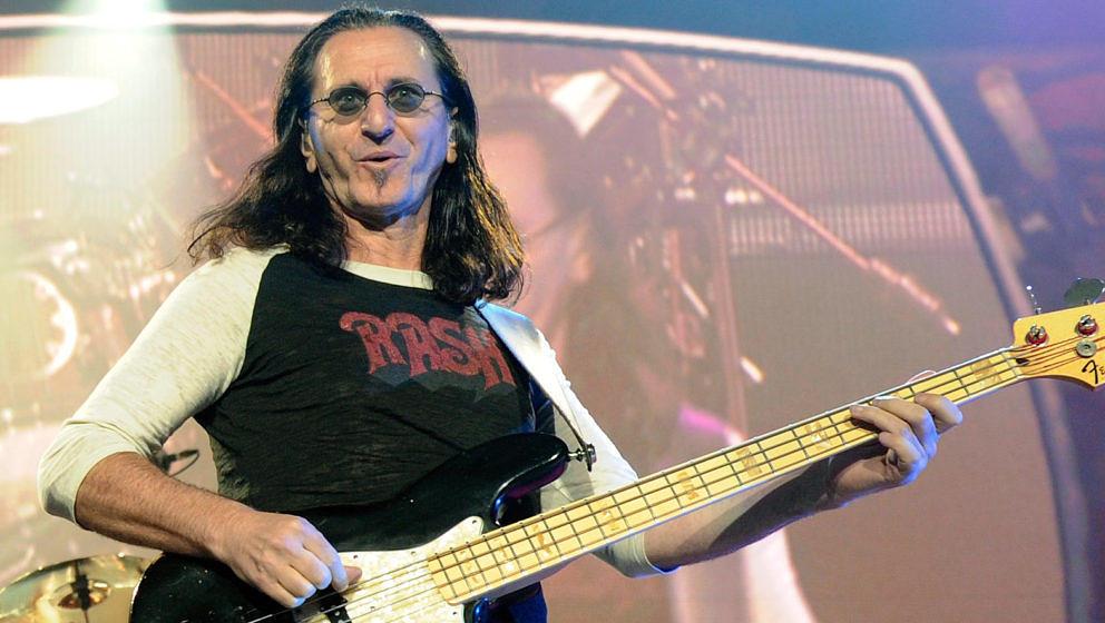 Geddy Lee von Rush bei einem Auftritt 2010 in Las Vegas