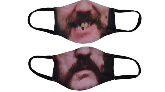 Eine ikonischere Gesichtsmaske als jene mit Lemmy-Mund gibt es im Grunde nicht, oder?