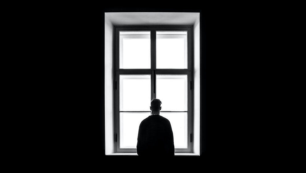 Im Lockdown fühlen sich viele Menschen einsam.
