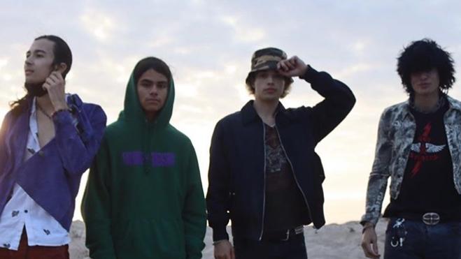 Die Söhne von Slash, Scott Weiland und Rob Trujillo bilden mit Gitarrist Niko Tsangaris die Band Suspect 208