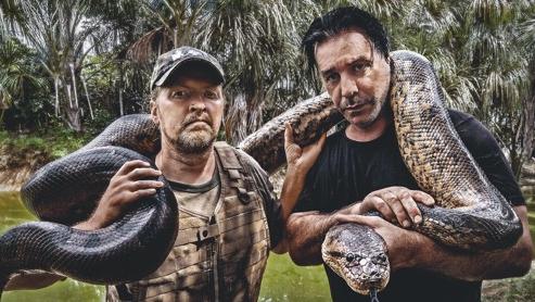 Joey Kelly (l.) und Till Lindemann am Amazonas