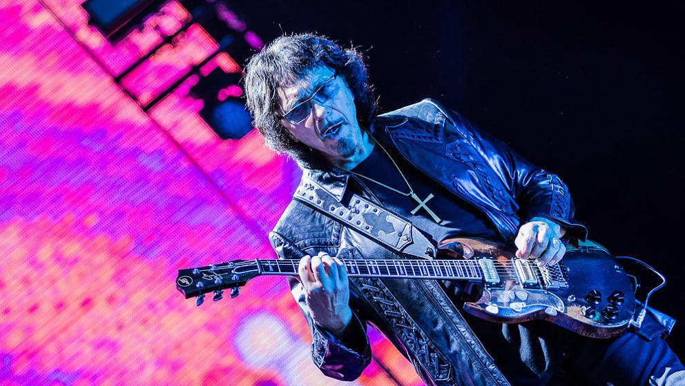Tony Iommi mit Black Sabbath bei Rock im Park 2016
