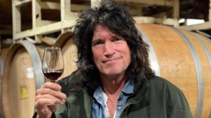 Kiss-Gitarrist Tommy Thayer steigt ins Weingeschäft ein