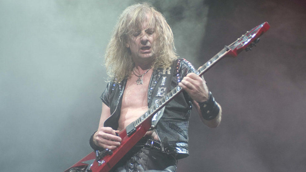 K.K. Downing bei einer Judas Priest-Show am 21. August 2004 in Chicago