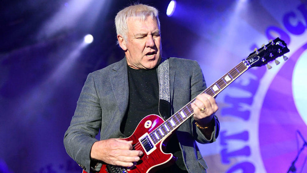 MALIBU, CA - OCTOBER 28:  Rock and Roll Hall of Fame member Alex Lifeson, founding member of the classic rock band Rush, perf