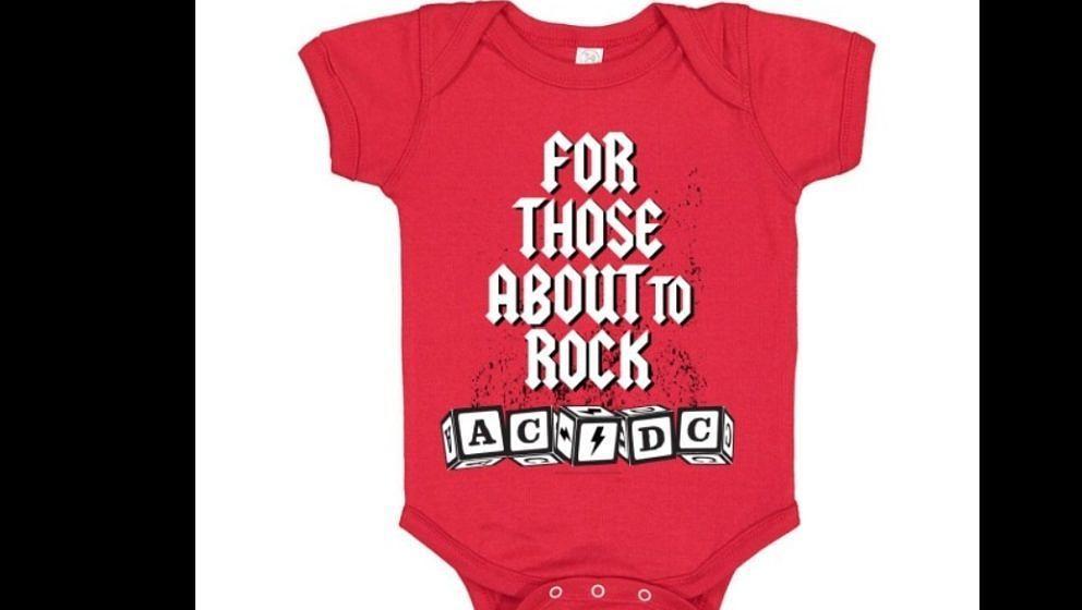 Unter anderem haben AC/DC schicke Baby-Bodys im Angebot