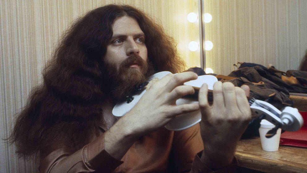 Kansas-Musiker Robby Steinhardt während einer Pause beim Dreh eines Musikvideos 1982 in Los Angeles