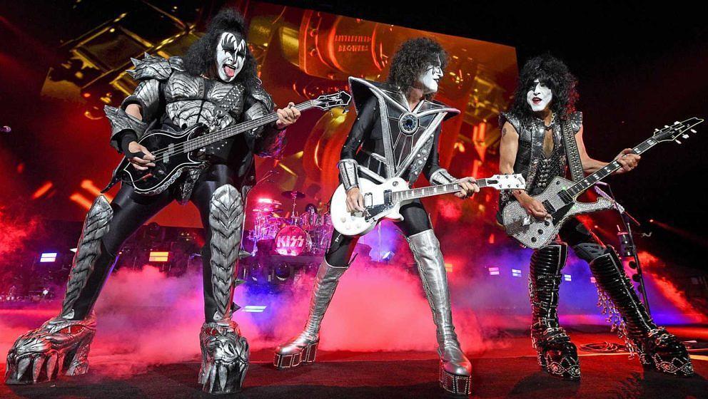 Gene Simmons, Tommy Thayer und Paul Stanley von Kiss (v.l.) am 11. Juni 2021 live in New York City